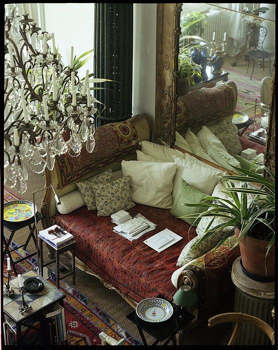 Boho Style In The Interior Luxury Paris Apartment Of Loulou De La Falaise Boho Gypsy Hippie Decor