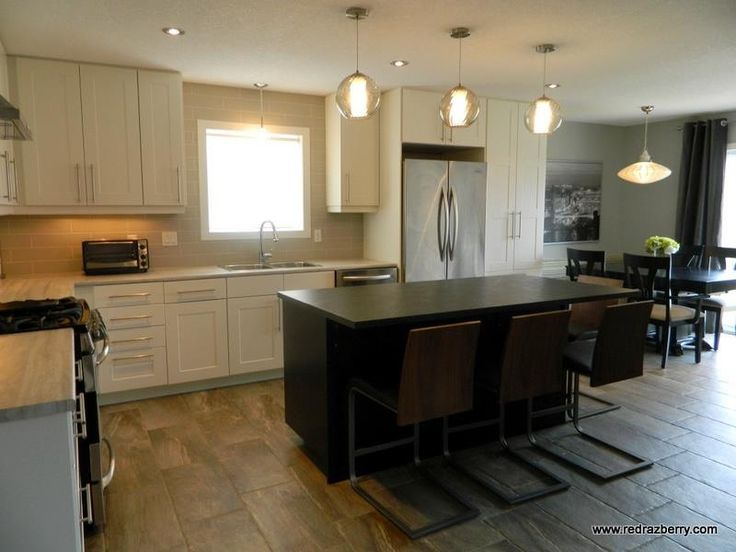 New Build Kitchen Design With Banquette Walnut Bar