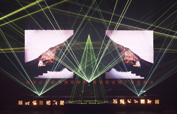 Watch the Throne Tour - The Design Evolution of Kanye West's Live Performances | Complex