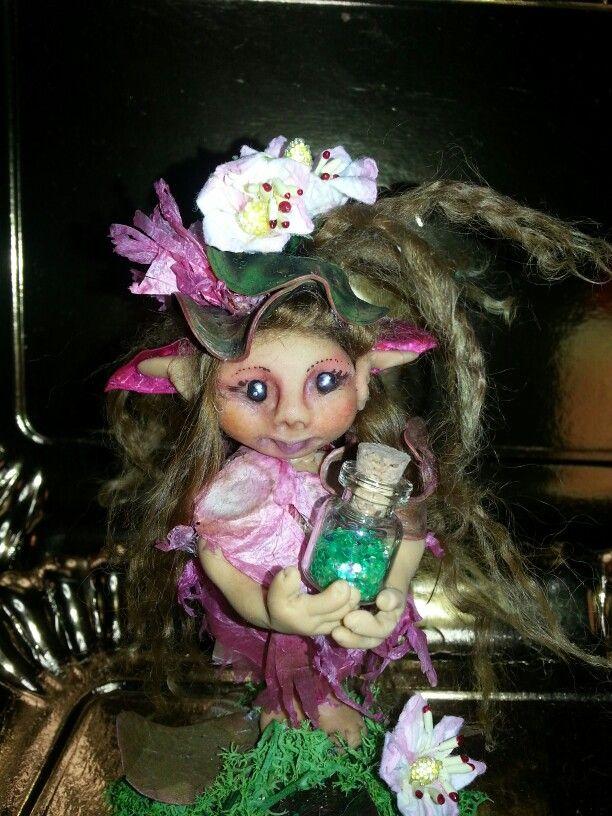 Piccola elfa in vendita roberta.maistrello@libero.it