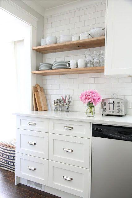 Les étagères ouvertes: On aime ou pas? | Les idées de ma maison Photo: ©dougelissa.blogspot.ca #deco #cuisine #etagere #aireouverte #visuel #esthetique #tendance