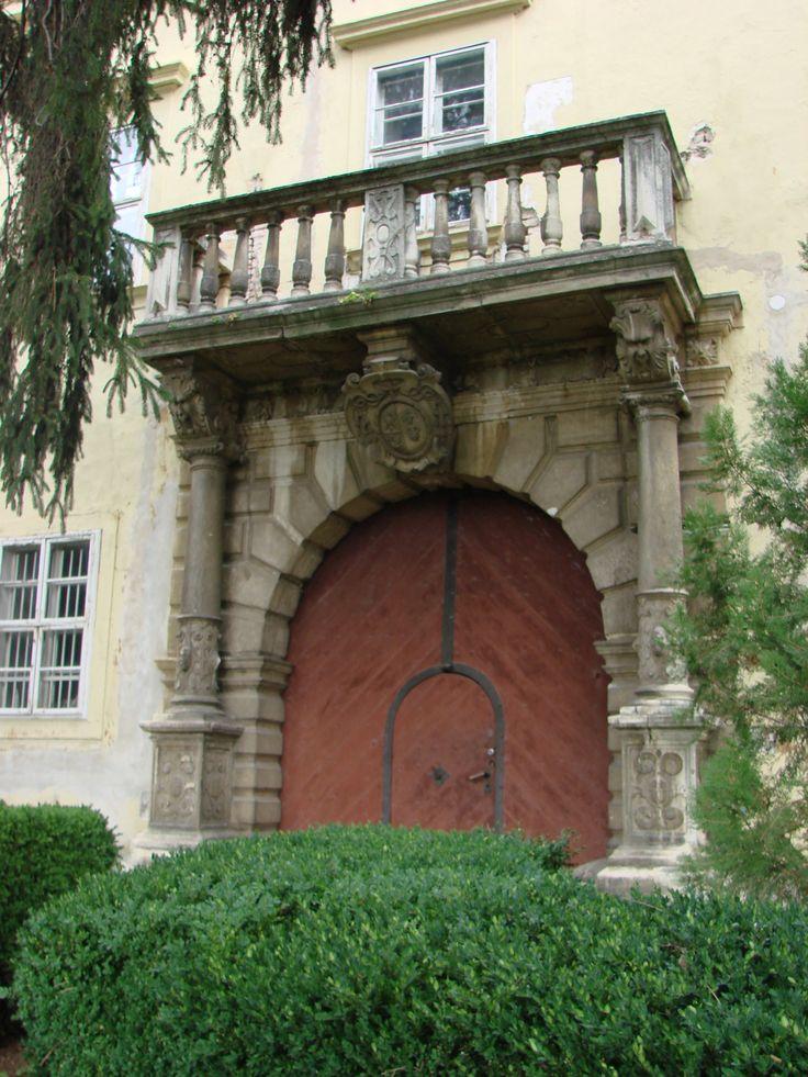 Trnava, Starý arcibiskupský palác, portál, foto: Elena Sabadošová