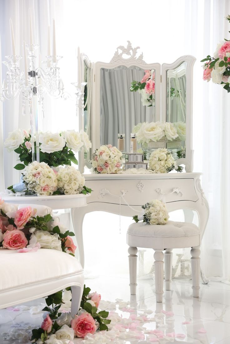 French Dressing Table | Silk Flowers for hire info@elanakweddings.com.au