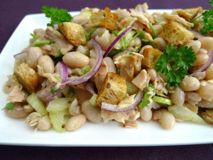 Een makkelijke en gezonde salade voor de lunch. Voor iedereen die vaker vis wil eten, maar er niet toe komt.  | http://degezondekok.nl
