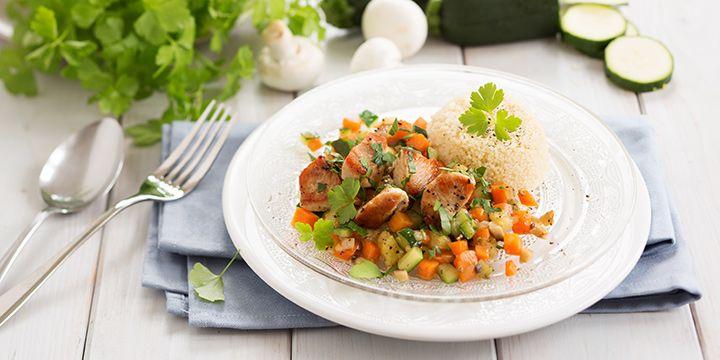 KochAbo.at - Low fat Gemüsepfanne mit Putenbrust und Couscous
