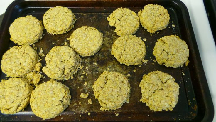 Toddler friendly Oat cake recipe for Burn's night / St Andrew's Day / Scottish themed activities