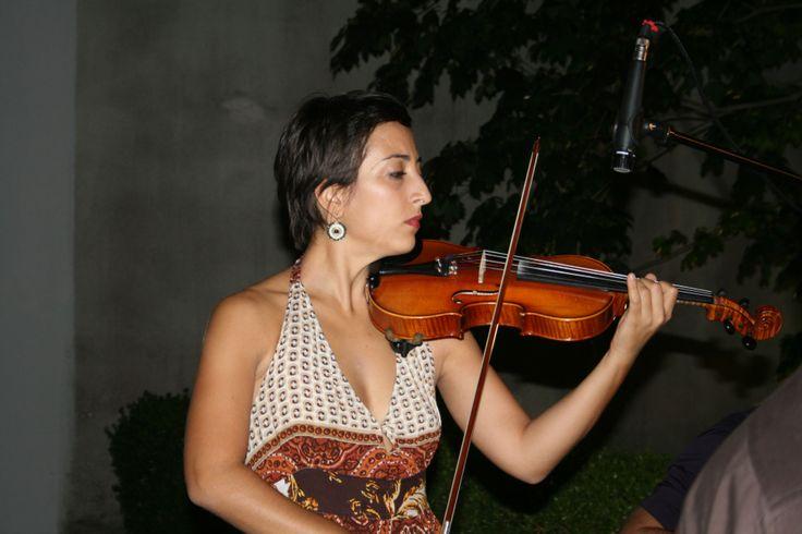 Nati dal ventre di Grotta delle Veneri, la musica degli Aedo è ricca dei richiami ancestrali di cui narra il Museo Civico di Maglie