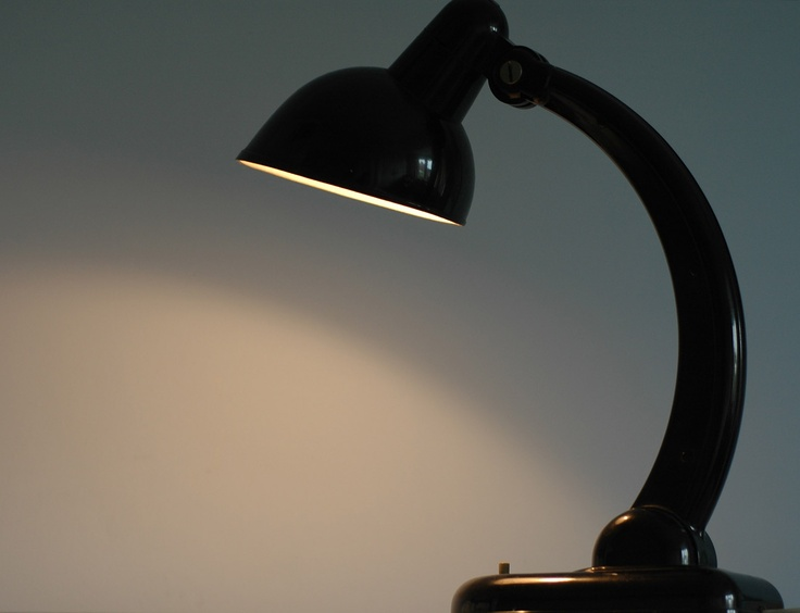 Rare bakelite lamp by the Bauhaus teacher Christian Dell, 1929 | Photo by room-606.com