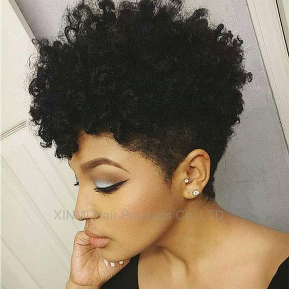 Date kinky bouclés perruque synthétique Noir cheveux Pas Cher Afro crépus bouclés perruque pour les femmes noires Sassy Afro-Américain à court bouclés perruques