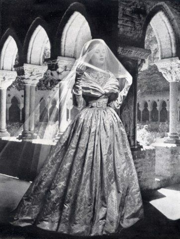 21394-christian-dior-1948-wedding-dress-fashion-photography-hprints-com.jpg (362×480)
