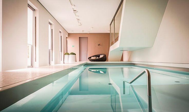 Das Stue Hotel in Berlin is een klassiek, luxueus hotel met veelal krachtige meubels ontworpen door Patricia Urquiola #aanrader#