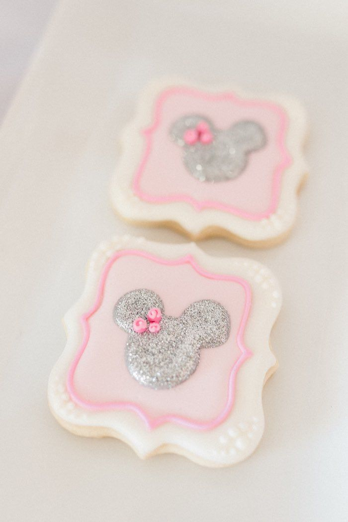 Elegant Minnie Mouse Boutique Birthday Party Cookies!