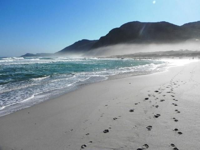 Self catering accommodation, Scarborough, Cape Town  Beach   http://www.capepointroute.co.za/moreinfoAccommodation.php?aID=493