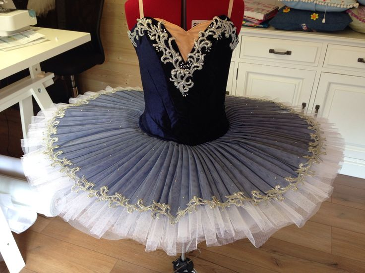 848 best wonderful tutus images on pinterest for Pin the tutu on the ballerina template