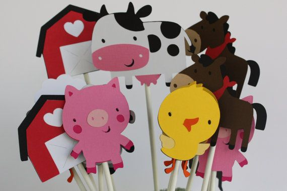 cupcake toppers instead of fancy custom cupcakes?Farm Animals, Animal Birthday, Birthday Parties, Cupcakes Toppers, Farms Animal, Parties Ideas, 2Nd Birthday, Cupcake Toppers, Parties Cupcakes