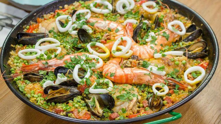Moederdag met Belle Perez: echte paella en roze sangria   VTM Koken
