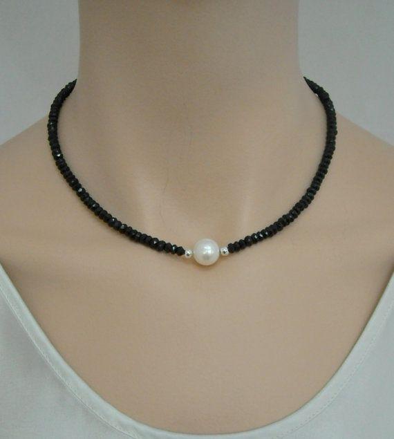 Collar de rubí sintético negro con Perla de agua dulce y plata