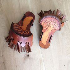 LEATHER EPAULETTES WITH KRAKEN MOTIF - Steampunk/Larp/Militaria