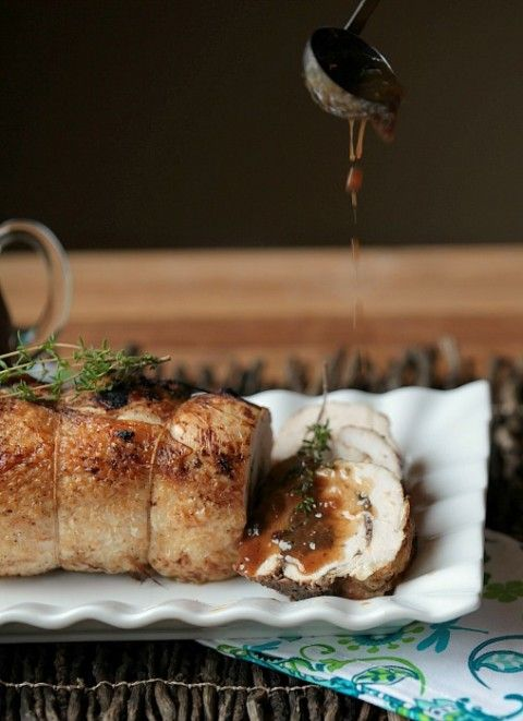 Amazing recipe! Healthy Turkey Roulade with Mushroom Stuffing and Blueberry Thyme Gravy www.fooddonelight.com