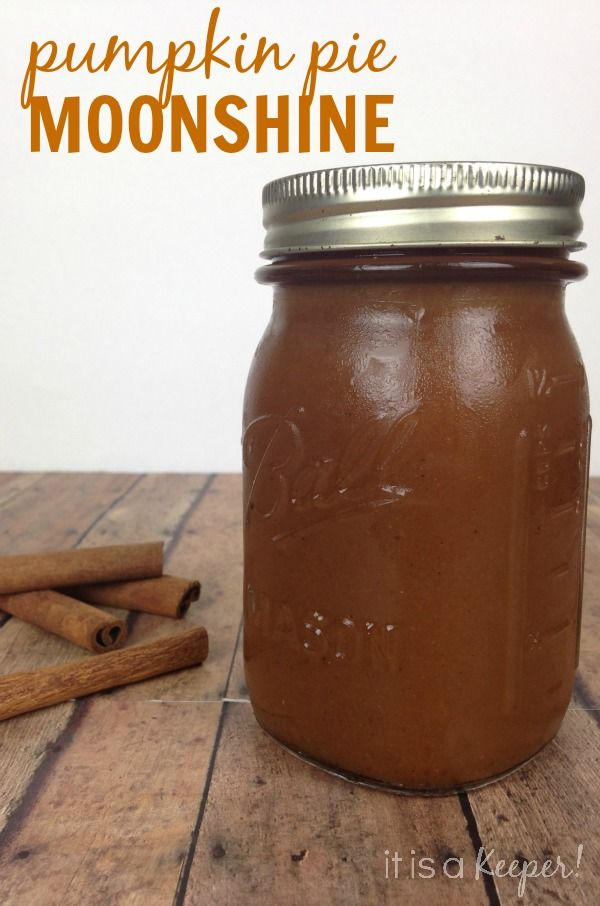This Pumpkin Pie Moonshine cocktail is just in time for fall and the holidays