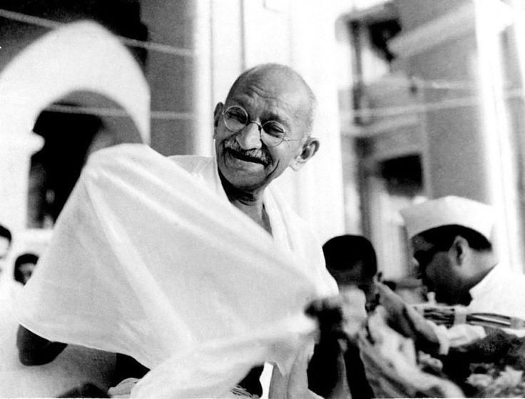Alcanza tu sueño. Mahatma Gandhi. Lee el texto completo aqui.