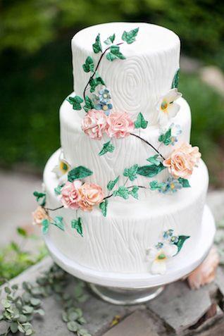 Garden wedding cake | Phindy Studios