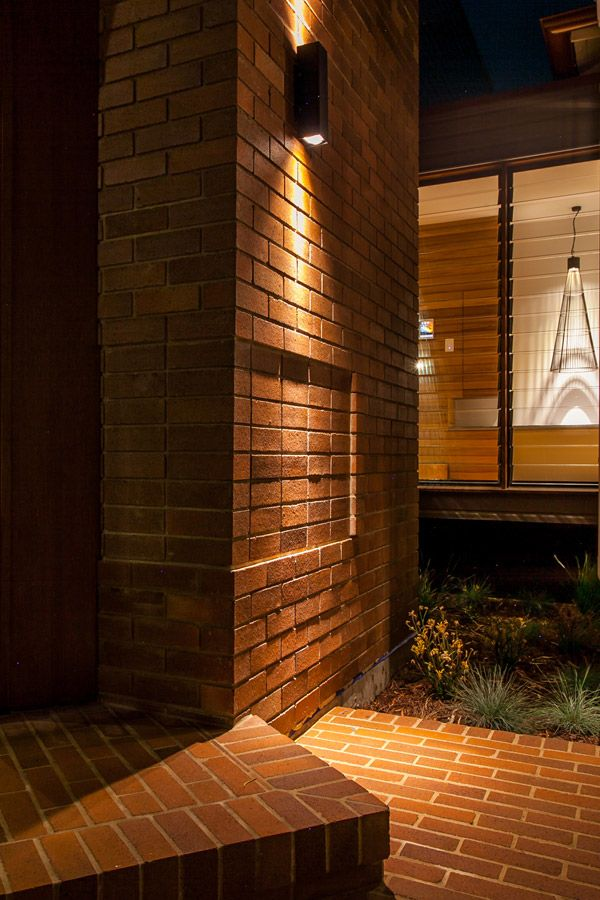 Byron Bay Renovation | Brick Entry Detail | Queensland Australia | Smith Architects