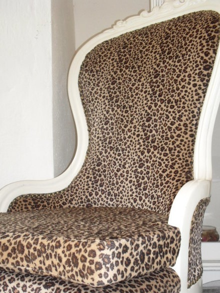 Leopard chair @Maranda Withers - repinned from Yvonne Baxter