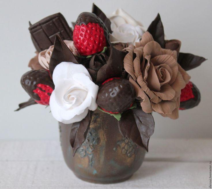 Купить Клубника с шоколадом - шоколадный, бежевый, коричневый, клубничный…