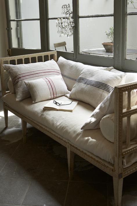 37 best grain sack pillows images on pinterest cushions for French farmhouse bed