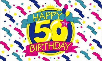 Happy Birthday vlag 50 jaar. Deze vrolijke leeftijdvlag heeft een formaat van ongeveer 150 x 90 cm.