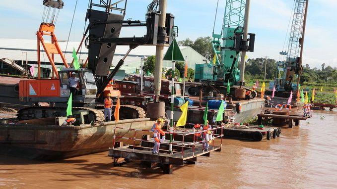 Khởi công cây cầu hiện đại nhất Việt Nam - http://congtyxaydung.us/khoi-cong-cay-cau-hien-dai-nhat-viet-nam/