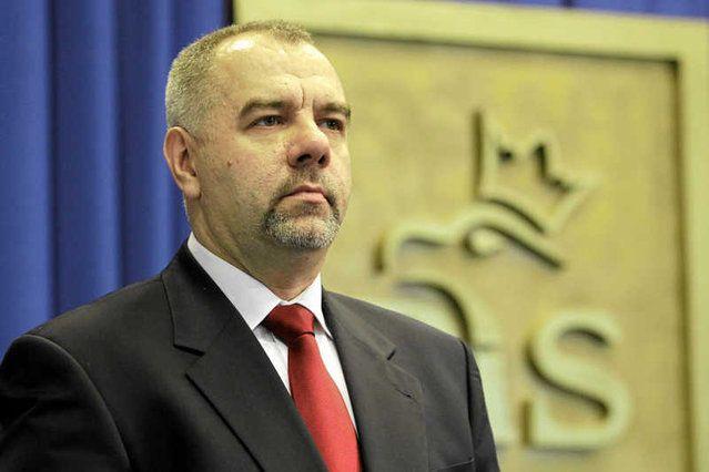 Jacek Sasin z PiS potrafił zadbać o karierę członków swojej rodziny.