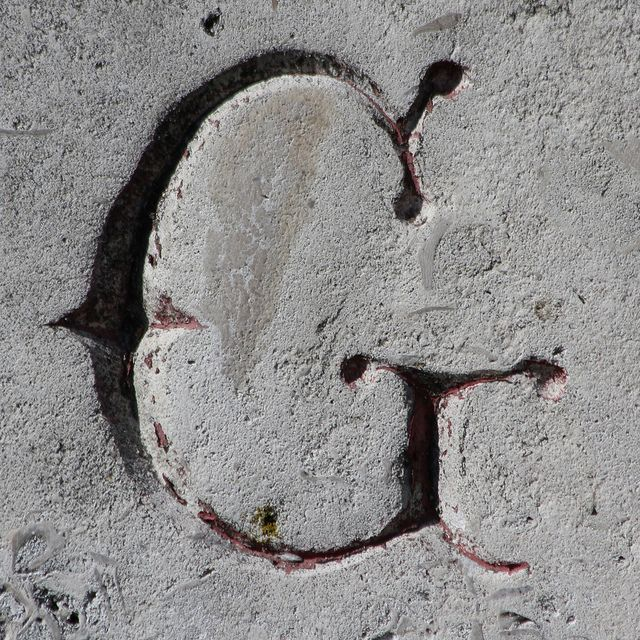 Letter G  : Found in West Norwood Cemetery (South Metropolitan Cemetery), West Norwood, London, England, UK