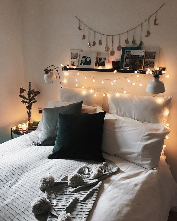 warmweiße Lichterketten zaubern eine schön kuschelige Atmosphäre ins Schlafzi