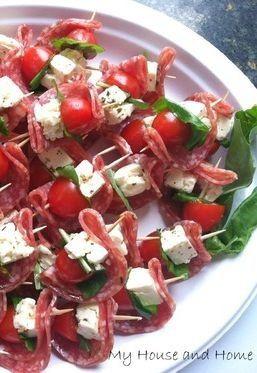 Salami, cherry tomato, feta and basil bites.  Bare med brie istedenfor feta?