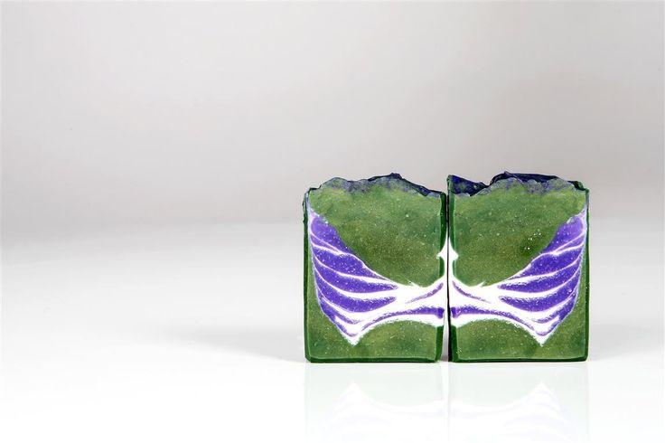 Handmade natural Soap by Seifenkoenigin.at