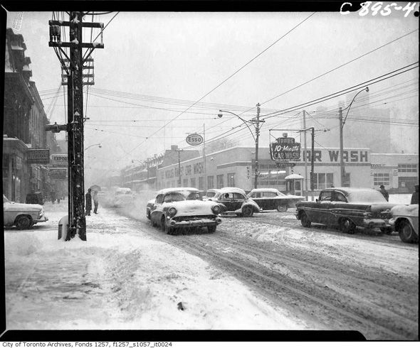 toronto snowed in...king st and john 1961
