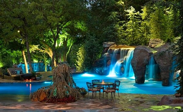 Waterfalls and grotto design comes with 32 custom-created lights shows!