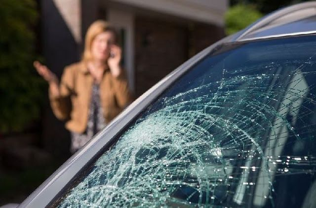 Http Bit Ly 2rqz1mo Your Guide To Car Window Repair Http Bit Ly 2clgz9e If You Own A Vehicle You Ll Want To Take Th Car Window Repair Window Repair Repair