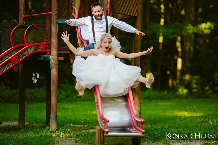 O takie na wesoło :) Fot. www.konradhudas.pl  #sesjaplenerowa #zdjeciaslubne #fotografnaslub #sesjaposlubna