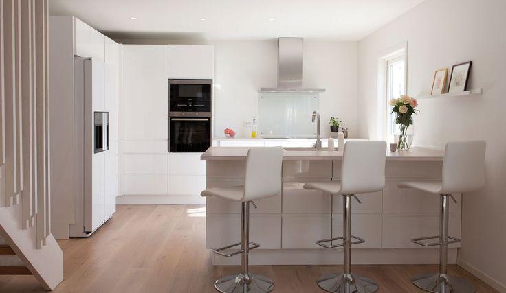 Nordsjøkjøkken - E45 - hvit høyglans
