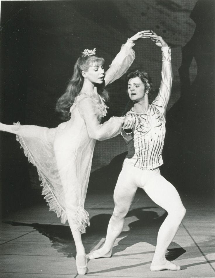 Mikhail Baryshnikov & Gelsey Kirkland dance 'The Nutcracker' (choreography by Mikhail Baryshnikov)