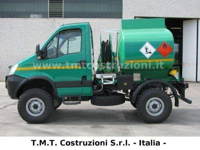 Iveco Daily 55S17W EEV ADR AT-FL-OX FUEL TANK - Nuovo 102.480 €, a San Benedetto del Tronto - 94831067 - Automobile.it