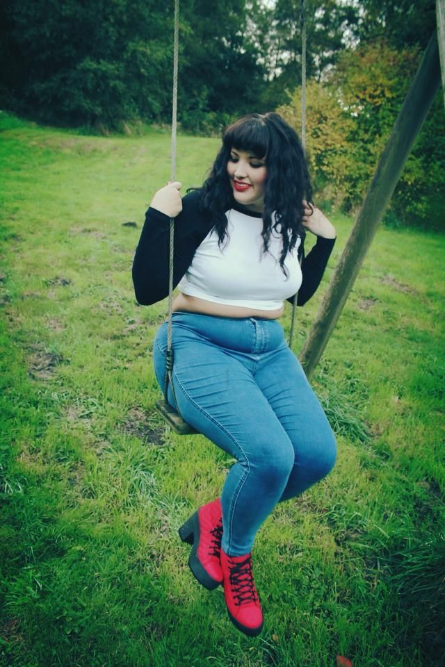 fat-jeans-girl