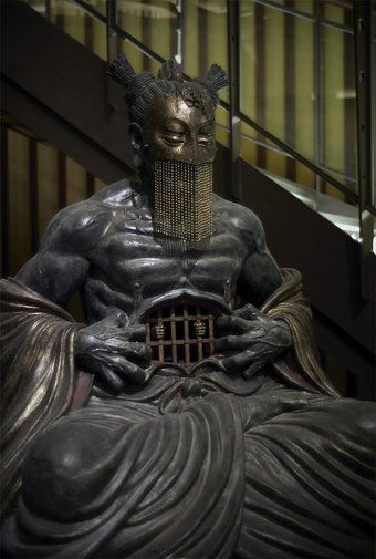 『誰かこの仏像の正体教えて』なんかとにかく凄いデザインの仏像が話題に【正体判明】 - Togetterまとめ