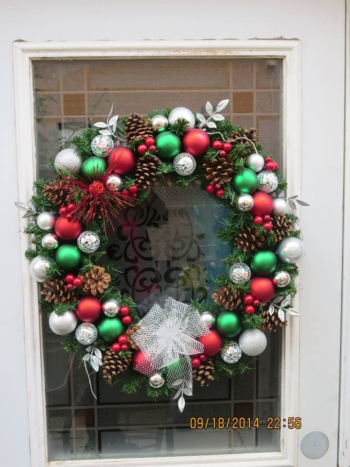 Jimmy's wreath became quite the hit! I have 10 orders for it!!