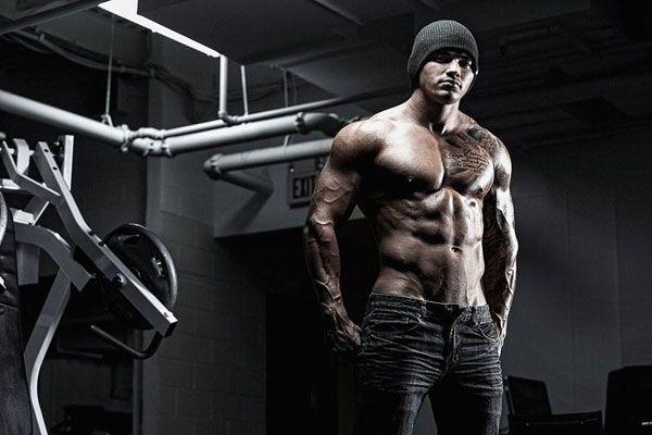 Программа. Одновременно сжигаем жир и качаем мышцы    Комплекс, который мы предлагаем на первый взгляд сложный. Но если вы решитесь безоговорочно следовать ему, вы легко сможете построить мышцы и сжечь жир.    Цель многих в тренажерном зале – это получить качественную мышечную массу и вместе с этим сжечь жир сразу...    http://bodysportal.com/bodibilding/programmydlyabodibildinga/prog-zhiroszhiganie-nabor-myshts