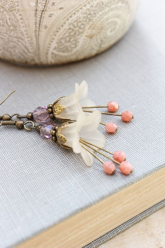Lucite Flower Earrings Vintage by apocketofposies. If one were to make beaded jewelry, I feel this is the right way to bead.
