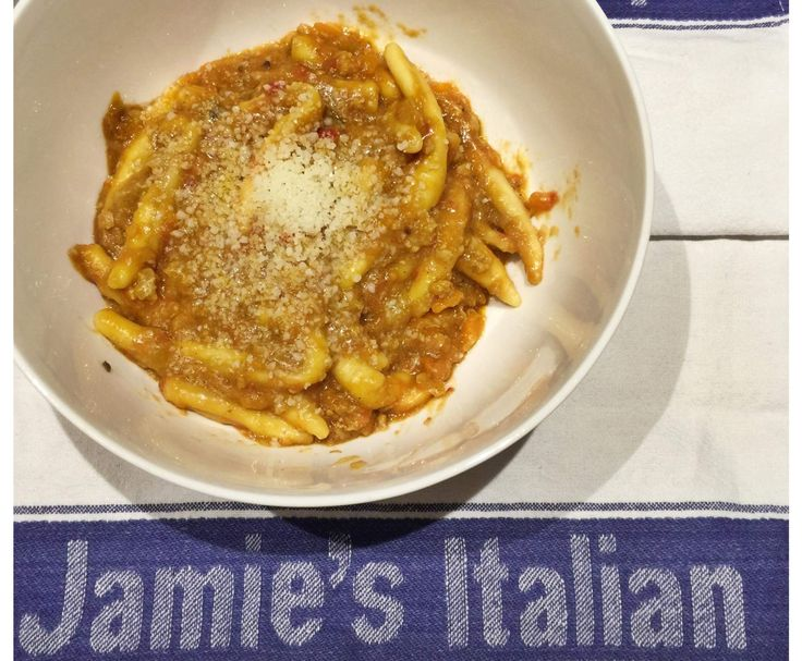 Recipe Pork Ragu (Adapted from Jamie Oliver) by thermo.nix - Recipe of category Pasta & rice dishes